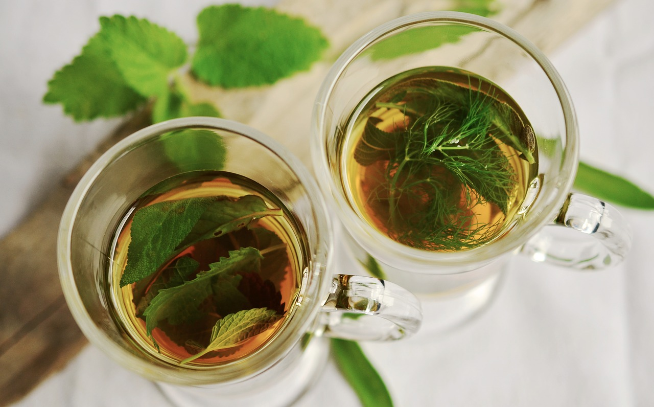 tea can help the gut skin connection