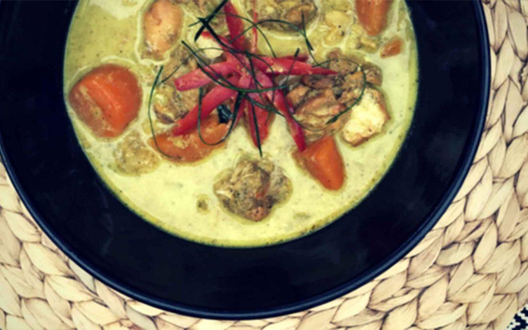 Creamy Golden Chicken and Kaffir Lime Curry