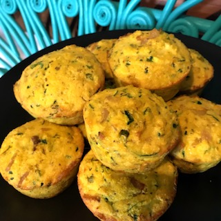 Mini muffins and quiches are great healthy easy snacks for road trips