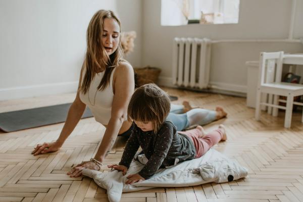 Mum-son-yoga